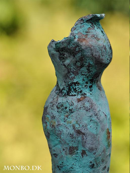 bronzeskulptur-kjole03-monbo