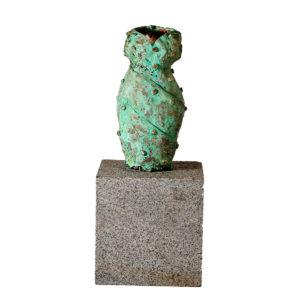 Bronzeskulptur. Kjole.