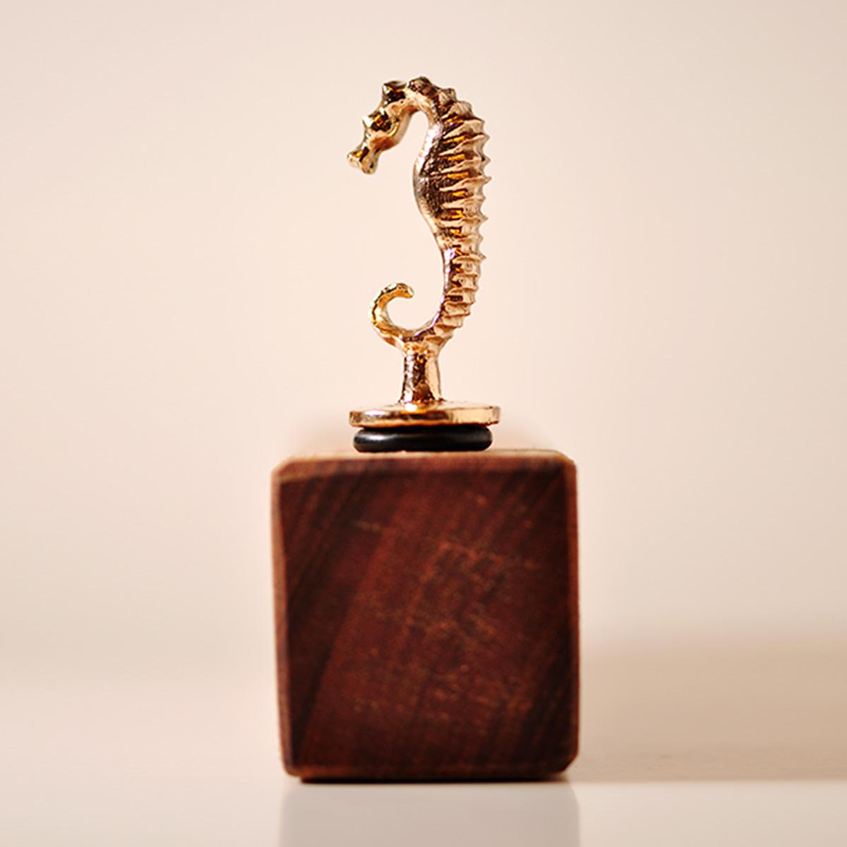 Vinprop i bronze. Søhest