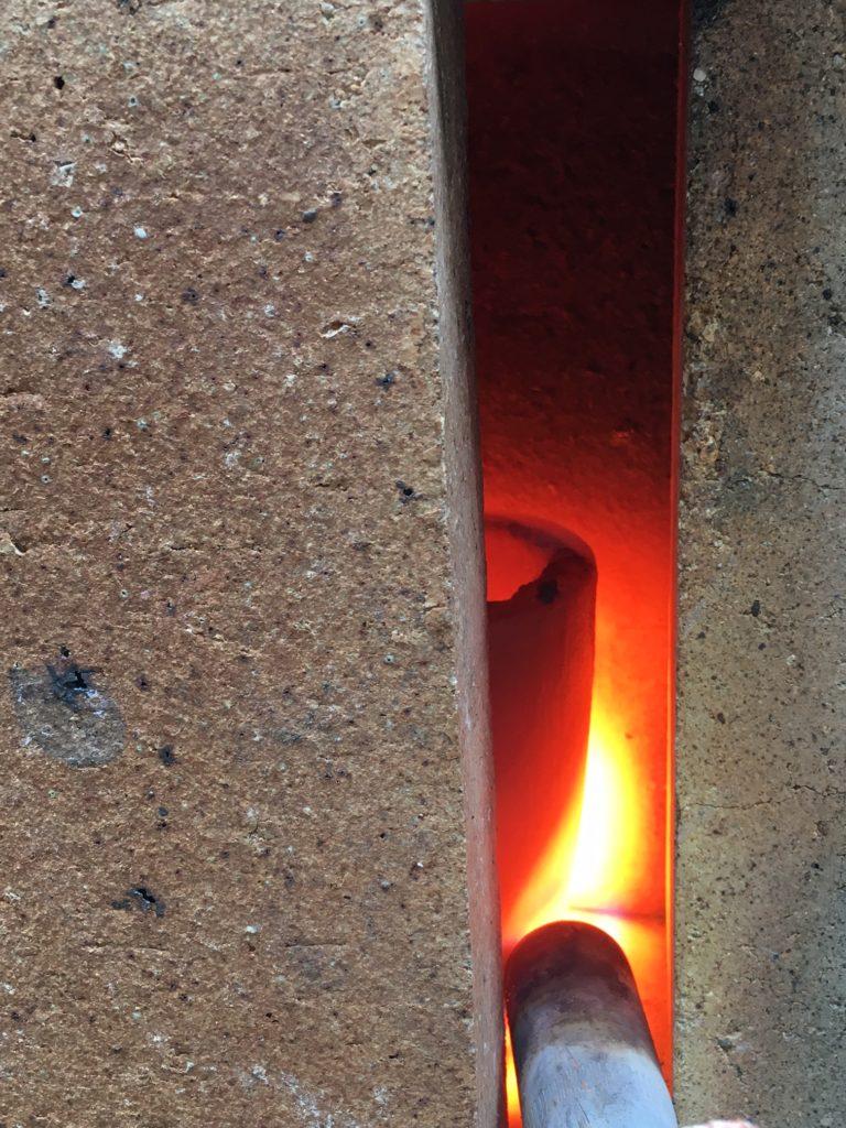 Smeltning af bronze.