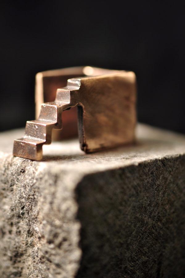 Trappen - Arkitektur Bronzeskulptur