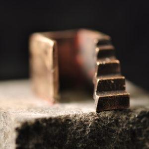 Bronzeskulptur - Arkitektur - Trappen