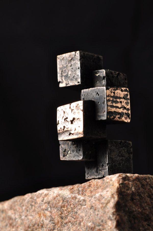 Arkitektur skulptur i bronze