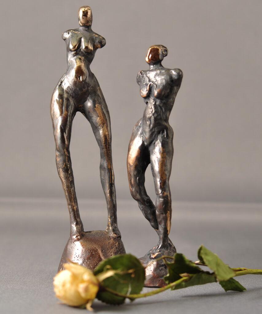 Bronzeskulpturer. Kvindefigurer. Små skulpturer i bronze.