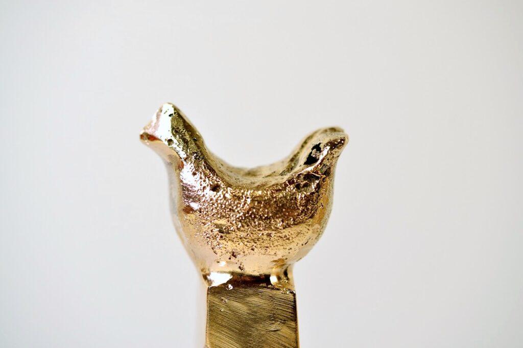 Høne i bronze