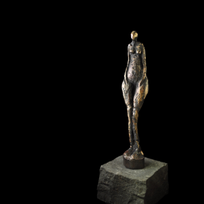 Kvinde - Bronzefigur