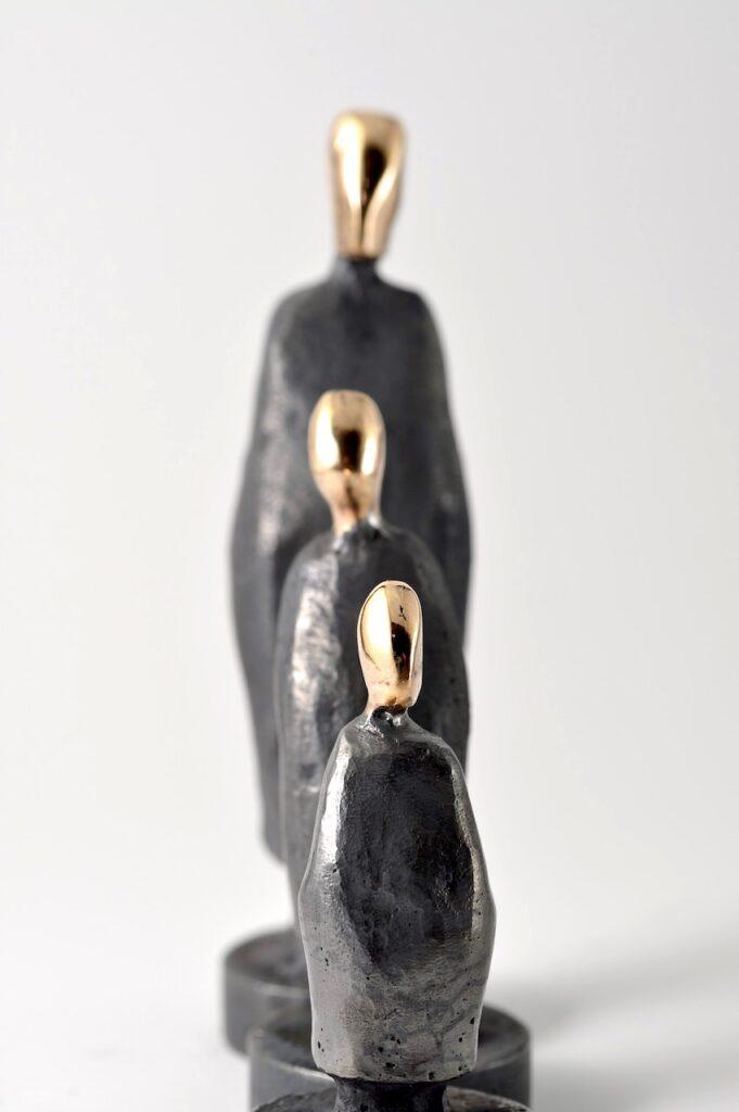 Linjen - søn - far - farfar - bronzeskulpturer