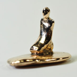 Meditation - bronzefigur.