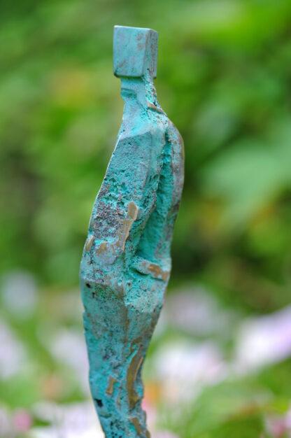 Man-in-Nature-Bronzeskulptur